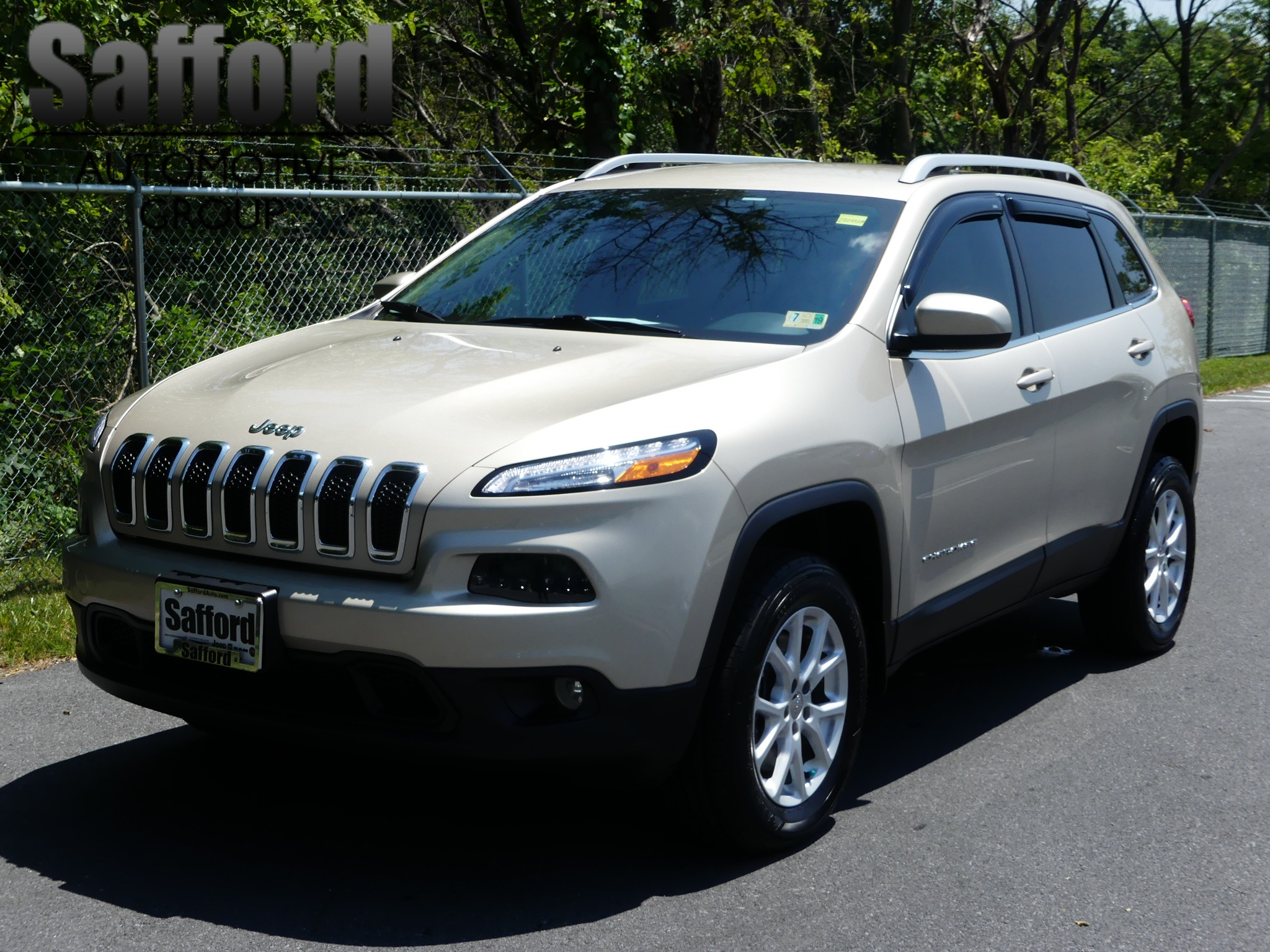 Certified Pre Owned 2015 Jeep Cherokee Latitude Sport Utility in